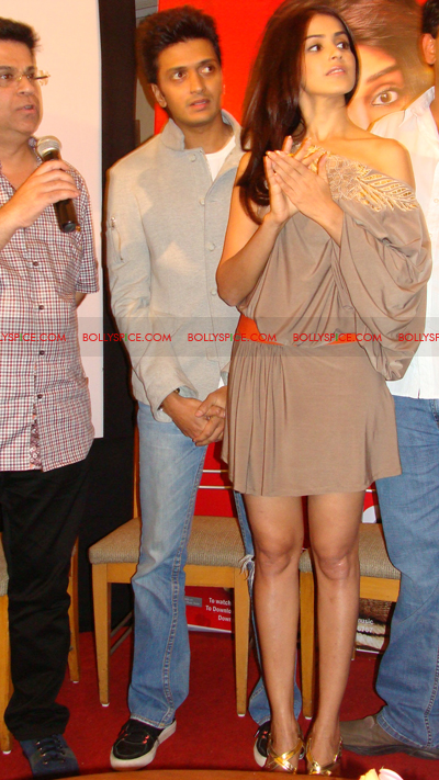 01jan terenaallaunch 08 Tere Naal Love Ho Gaya music launch