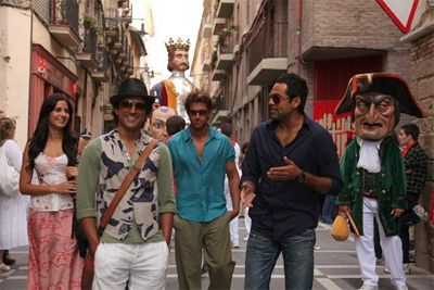 01jan whwn znmd Whos Hot Whos Not – Best and Worst Costumes in the Movies of 2011
