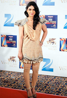 01jan whwn zoa Whos Hot Whos Not: Zee Cine Awards 2012