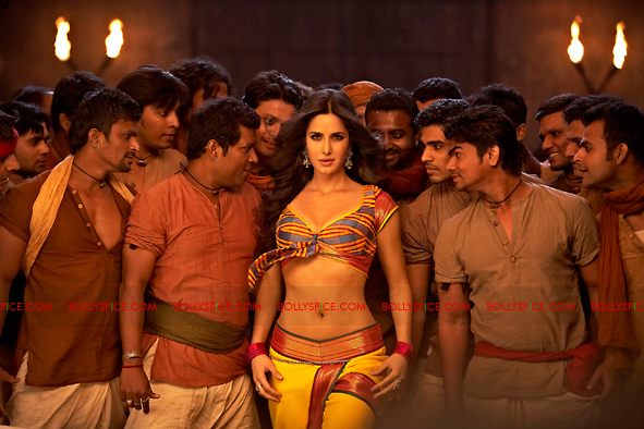 12jan agneepath presskit08 More New Exclusive Agneepath Stills!