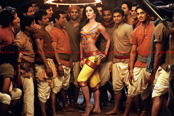12jan agneepath presskit09 More New Exclusive Agneepath Stills!