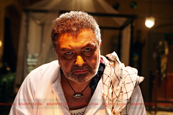 12jan agneepath presskit14 More New Exclusive Agneepath Stills!