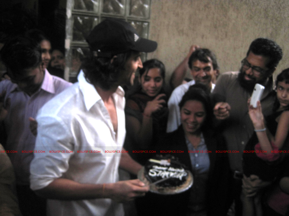 12jan hrithik bday02 Happy 38th Birthday Hrithik Roshan