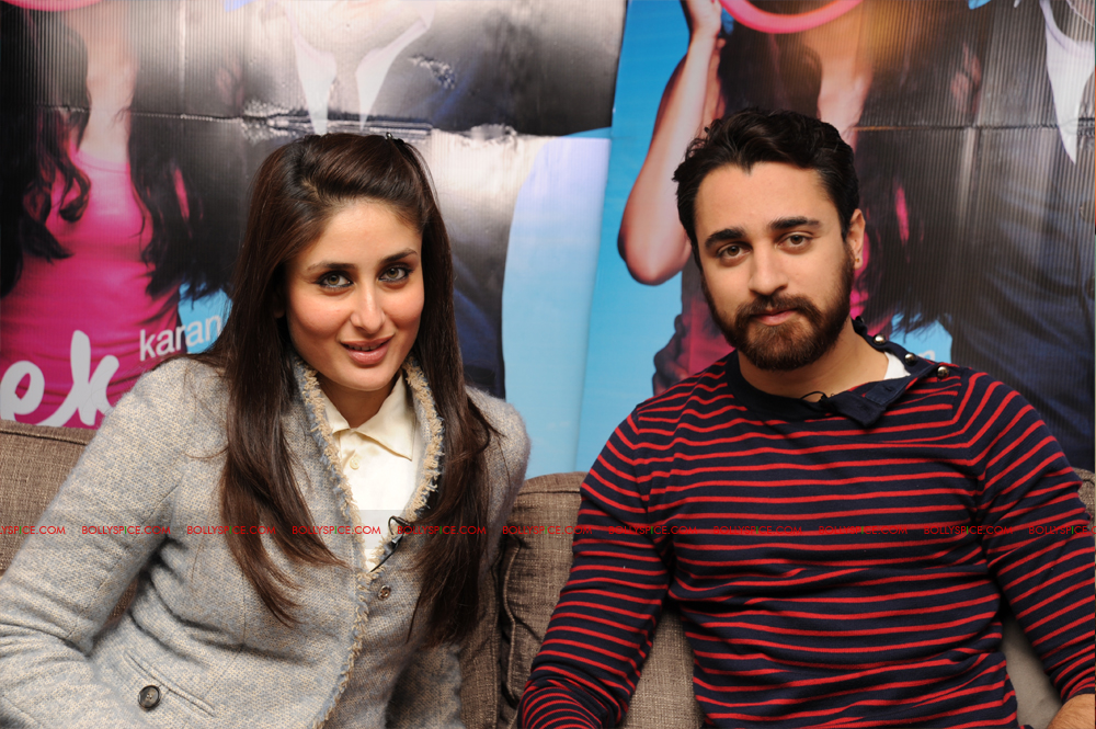 12jan imran kareena london04 Imran and Kareena excited to meet UK fans at Cineworld