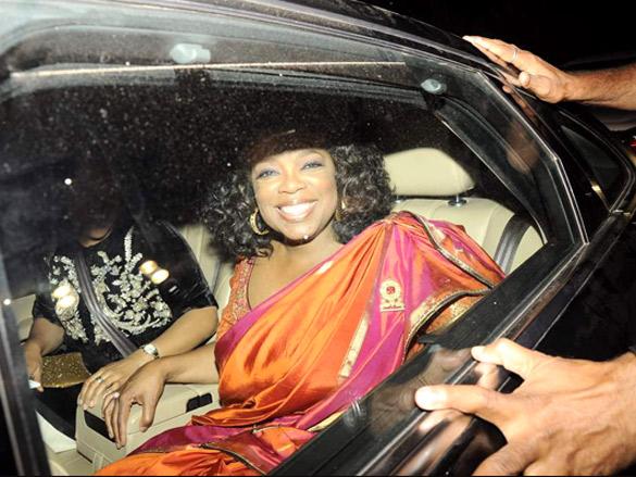 12jan oprah partybollywood03 Oprah loved partying with Bollywooders