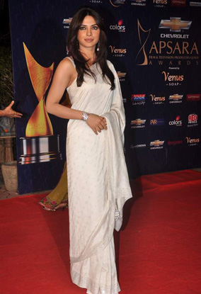 12jan whwn apsara08 Whos Hot Whos Not   Apsara Awards 2012