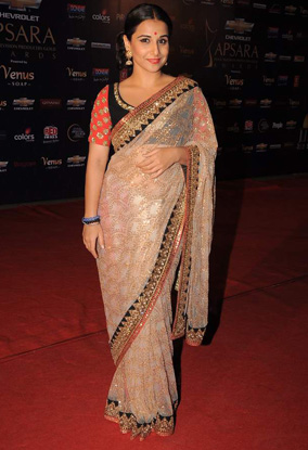 12jan whwn apsara13 Whos Hot Whos Not   Apsara Awards 2012