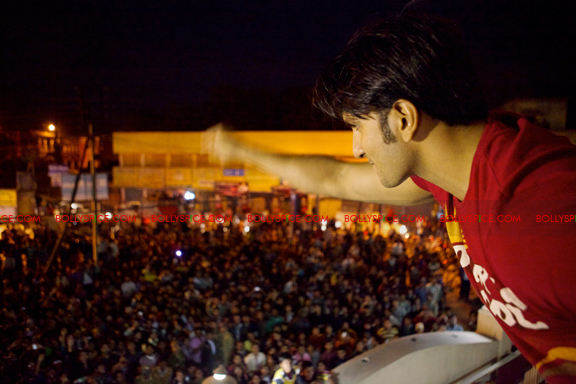 12feb ranveer purulia01 Ranveer Singh entertains Purulia crowds