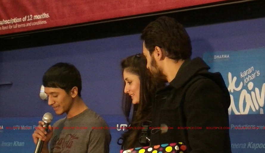 12jan EMAET imrankareena feltham01 Imran Khan and Kareena Kapoor at Cineworld Feltham UK