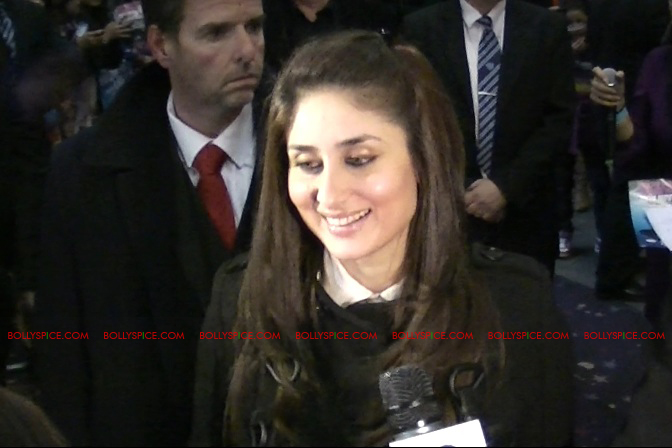 12jan EMAET imrankareena feltham04 Imran Khan and Kareena Kapoor at Cineworld Feltham UK