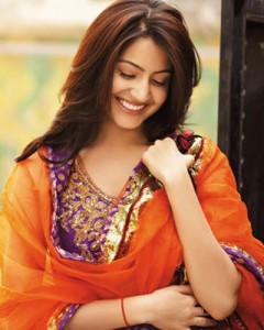 12jan anushka 240x300 Anushka on a roll and set to star in Hirani's Next