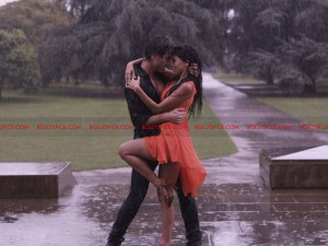 12jan naachlelondon raindance 300x225 Cast dance in real downpour on the sets of BollyBrit film, Naachle London