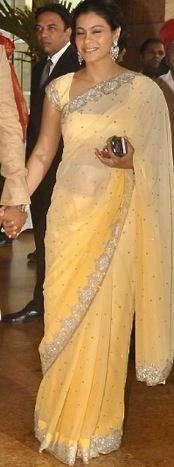 12jan riteish genelia wedding03 Who's Hot Who's Not: Riteish & Genelia Wedding
