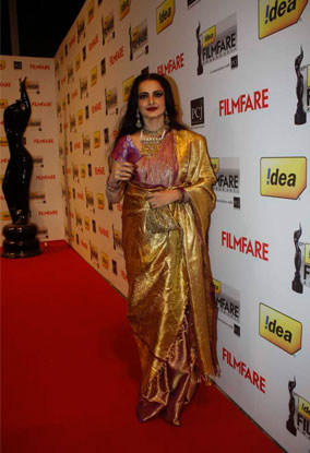 12jan whwn 57filmfare02 Whos Hot Whos Not   The 57th Filmfare Awards