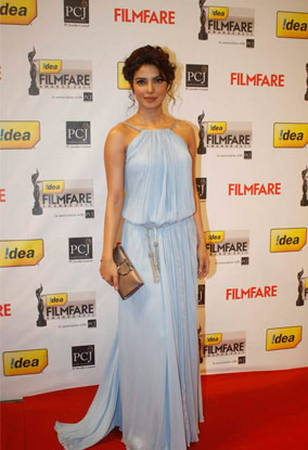 12jan whwn 57filmfare05 Whos Hot Whos Not   The 57th Filmfare Awards