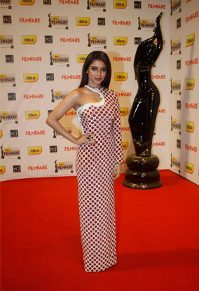 12jan whwn 57filmfare08 Whos Hot Whos Not   The 57th Filmfare Awards