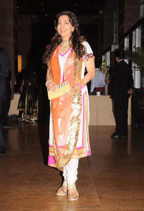 12jan whwn riteish genelia reception12 Who's Hot Who's Not: Riteish & Genelias Wedding Reception