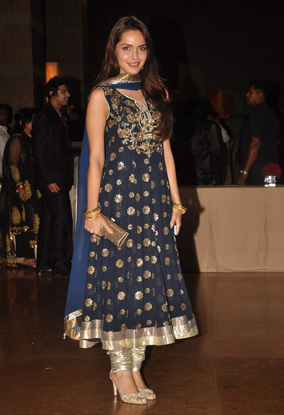 12jan whwn riteish genelia reception20 Who's Hot Who's Not: Riteish & Genelias Wedding Reception