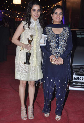 12jan whwn stardust17 Who's Hot & Who's Not: Stardust Awards 2012