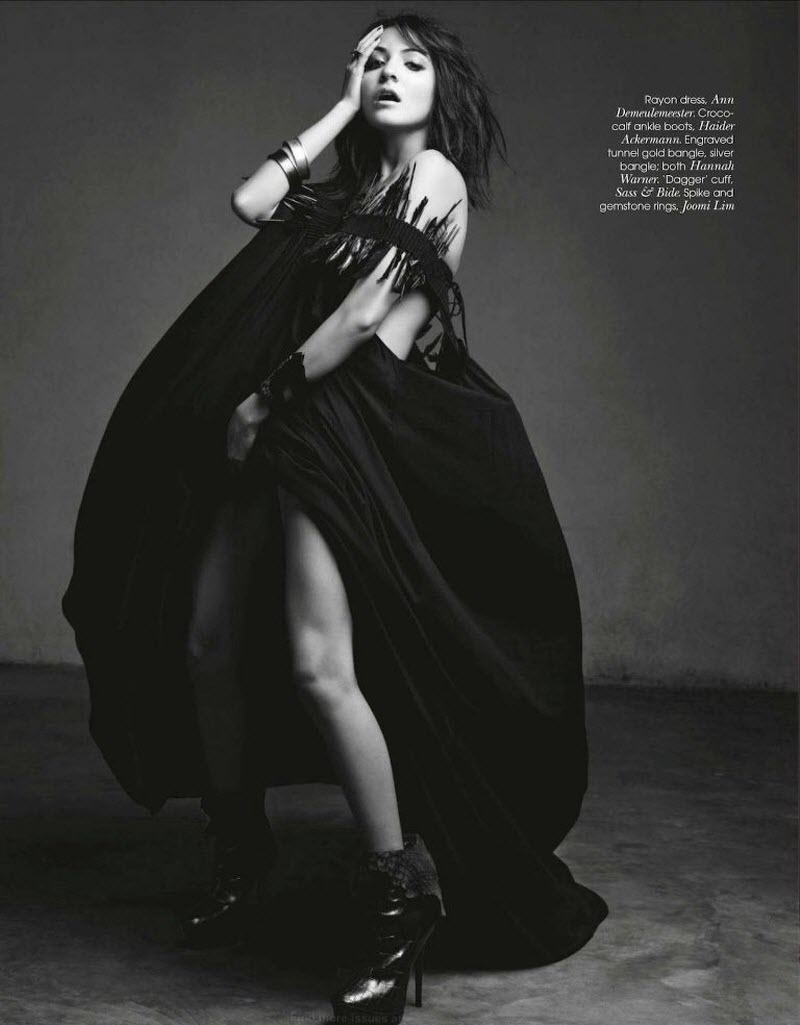 anushka sharma vogue india magazine photoshoot images 05 Anushka Sharma: Hot & Sexy