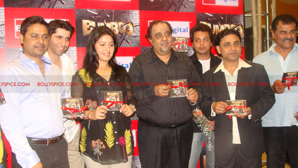 03mar bumboolaunch 08 Sunidhi Chauhan at Bumboo music launch