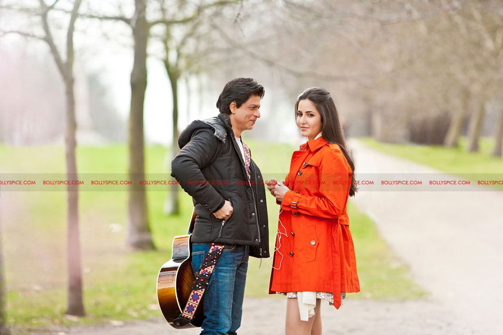 12mar 1stlook srk katrina First Look! Shah Rukh Khan and Katrina Kaif on Yash Chopras set in London