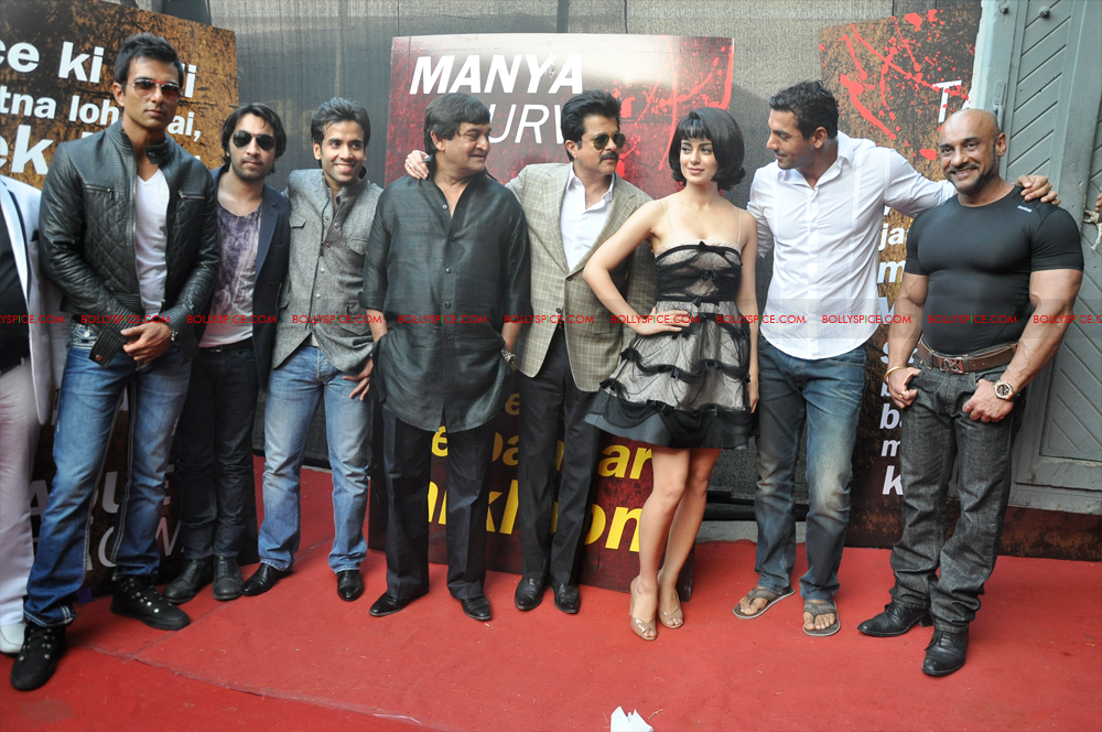 12mar SAW launch06 Shootout at Wadala Launch event!