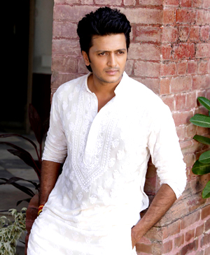 12mar TNLHG riteish intrvw03 Riteish Deshmukh Talks Genelia and Tere Naal Love Ho Gaya!