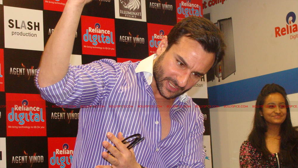 12mar agentvinodPC12 BollySpice at Agent Vinod Press Conference