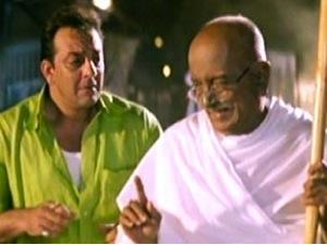 12mar gandhigiri Vinod Chopra Films celebrates 'Gandhi'giri