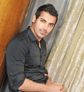 12mar john hurtSAW John Abraham hurt on the sets of Shootout at Wadala
