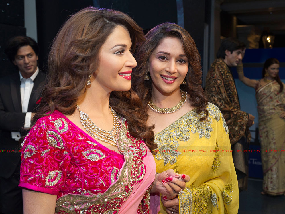 12mar madhuri tussauds04 Meeting my wax double today is very surreal   Madhuri unveils her statue at Madame Tussauds!