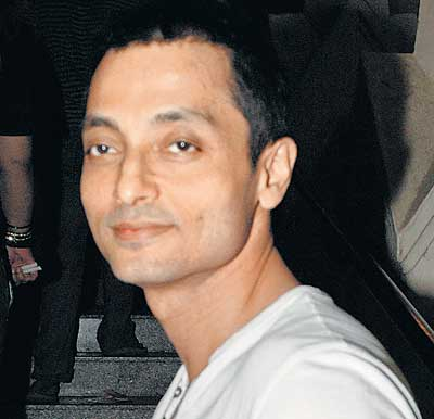 12mar sujoy kahaani intrvw01 Kahaani demanded that I take you on the same journey as Vidya.   Sujoy Ghosh