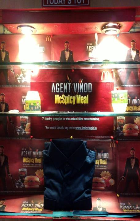 mar12 avmacdonalds Wanna meet Saif? Just check out McDonalds Agent Vinod McSpicy Meal!!