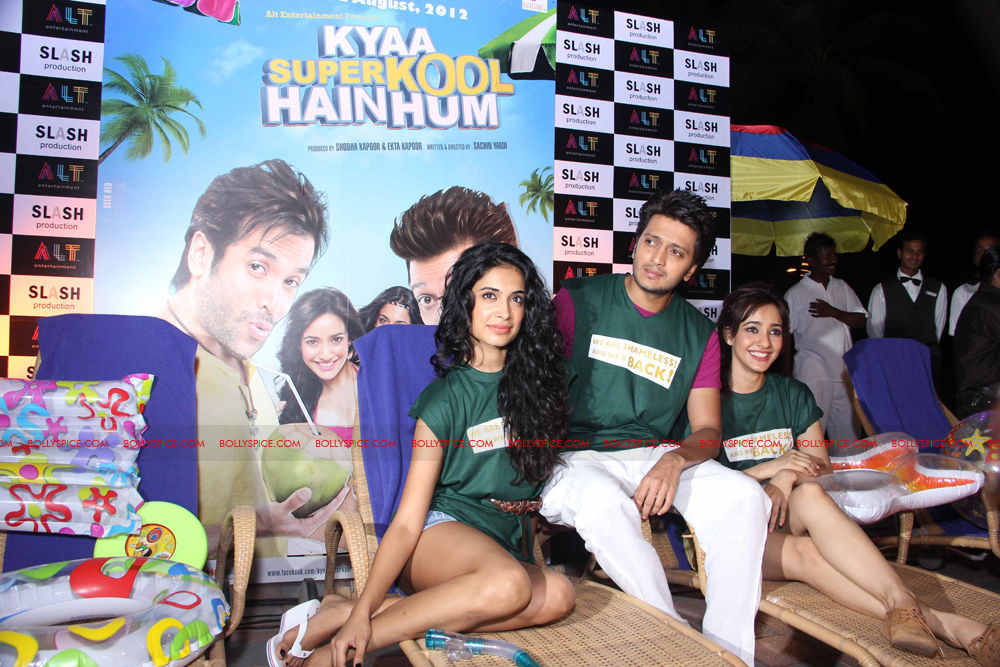 12apr KSKHHlaunch03 Kya Super Kool Hain Hum Launch Event