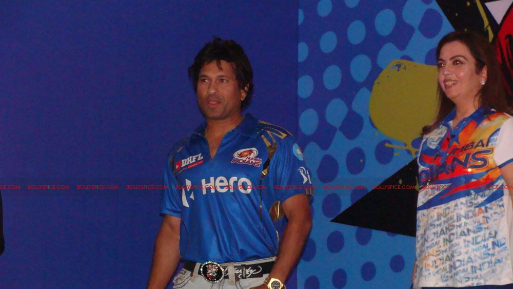 12apr disney mumbaiindians01 Mumbai Indians launch Disney consumer products