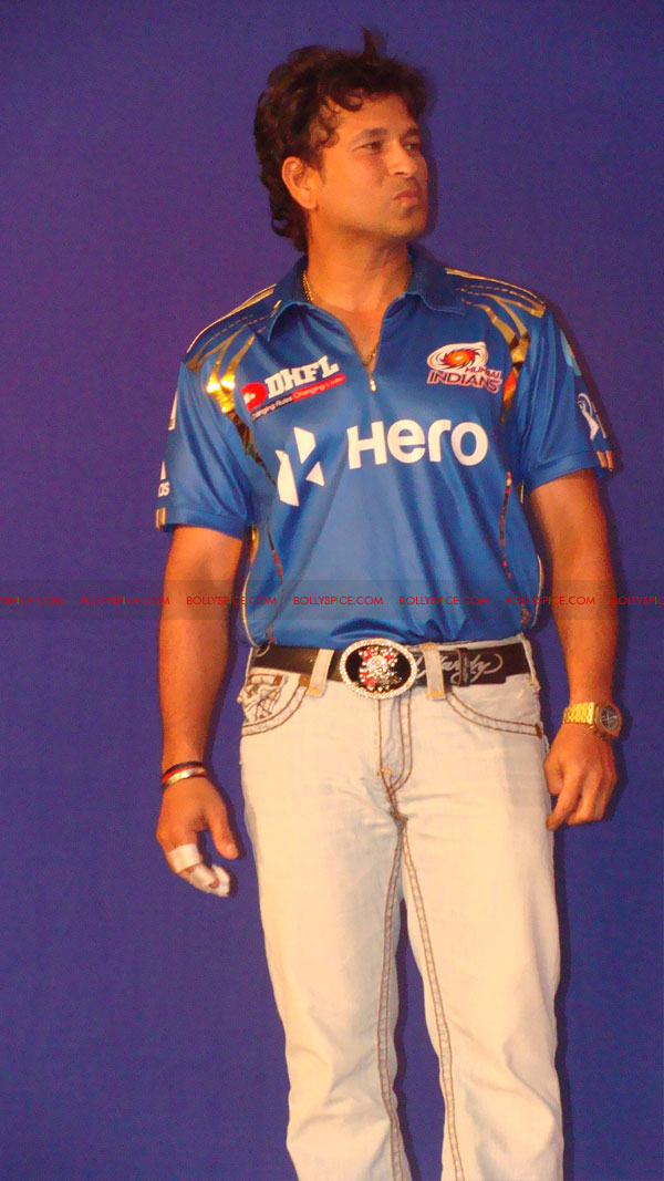 12apr disney mumbaiindians10 Mumbai Indians launch Disney consumer products