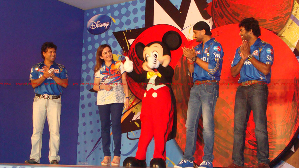 12apr disney mumbaiindians11 Mumbai Indians launch Disney consumer products
