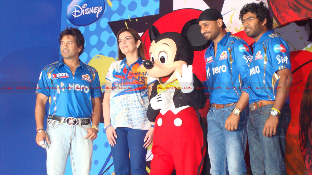 12apr disney mumbaiindians13 Mumbai Indians launch Disney consumer products
