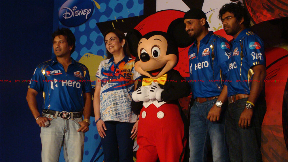 12apr disney mumbaiindians14 Mumbai Indians launch Disney consumer products