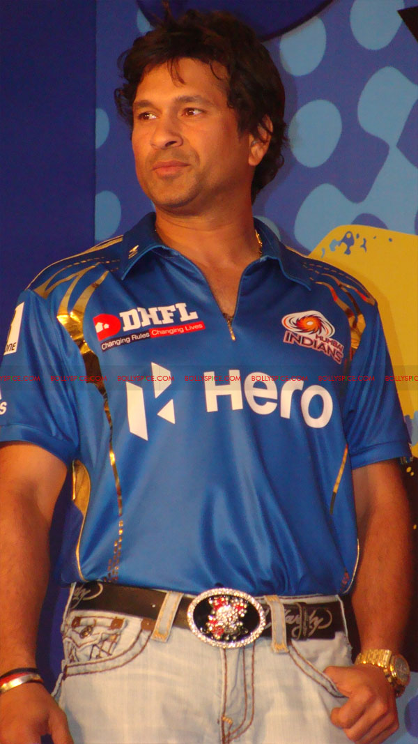 12apr disney mumbaiindians15 Mumbai Indians launch Disney consumer products