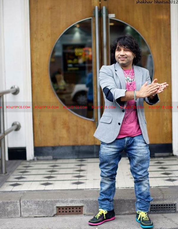 12apr kailash BBC06 Kailash Kher and Kailasa make history at BBC Maida Vale Studios, London