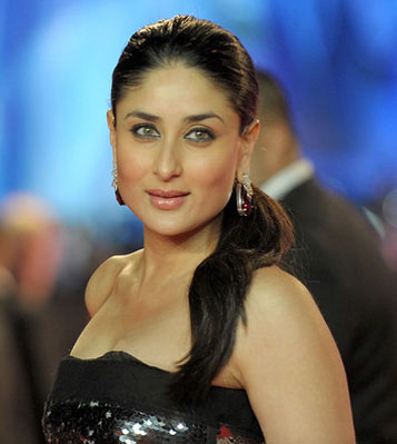 12apr kareena staff heroine Kareenas staff in Heroine