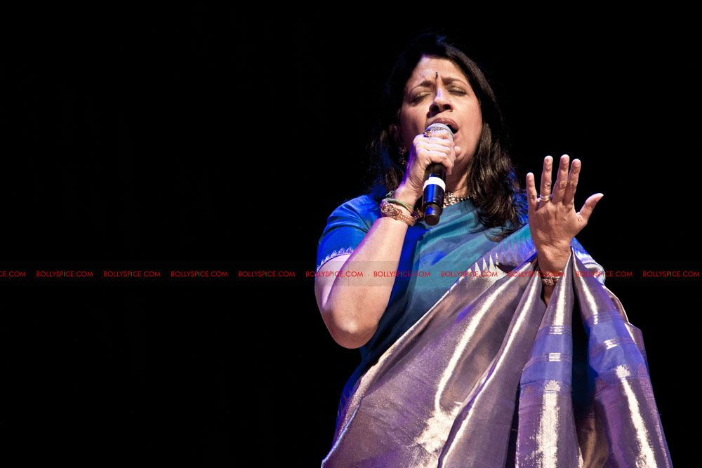 12apr kavita concertUK01 Special Report: Kavita Krishnamurti Alchemy Festival Concert at Queen Elizabeth Hall, London