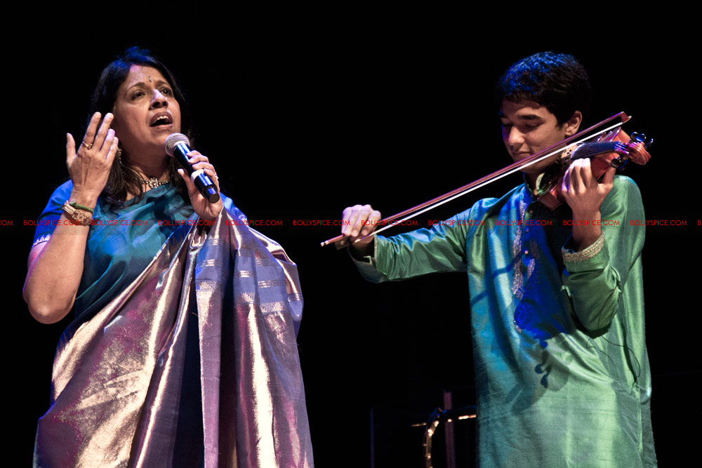 12apr kavita concertUK07 Special Report: Kavita Krishnamurti Alchemy Festival Concert at Queen Elizabeth Hall, London