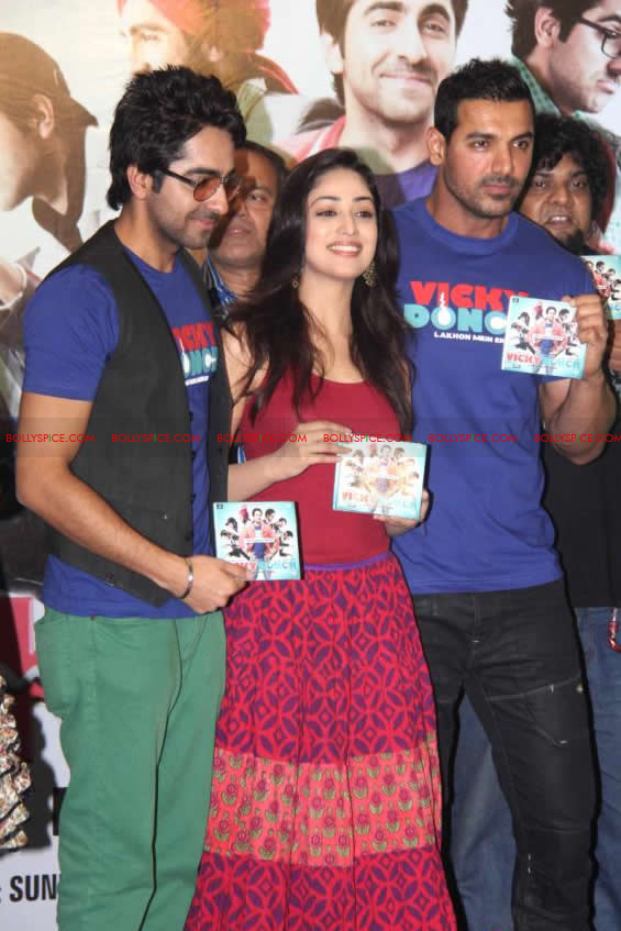 12apr vickydonor musiclaunch10 BollySpice at the Vicky Donor music launch