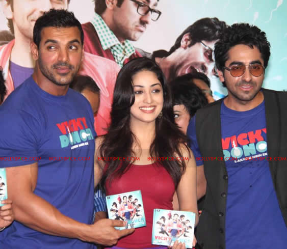 12apr vickydonor musiclaunch14 BollySpice at the Vicky Donor music launch