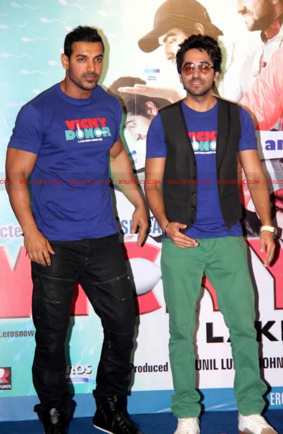 12apr vickydonor musiclaunch15 BollySpice at the Vicky Donor music launch