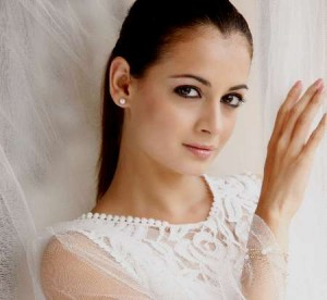 12mar dia mirza 300x276 Dia wants Madhubala's films and Madhuri's talent!