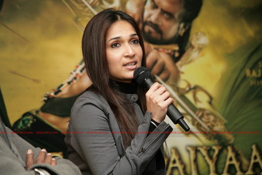 12mar kochadaiyaan media02 Rajnikanth and AR Raman at the Kochadaiyaan launch UK in Pictures!